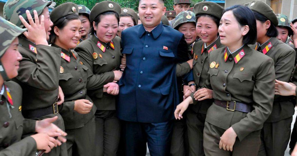 Kim Jong Un met meisjes